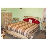 6PC FRENCH CONVENTIONAL BEDROOM SUITE W/ BEDDING