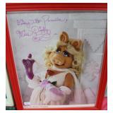 """""""MISS PIGGY"""" AUTOGRAPHED PHOTO?"""