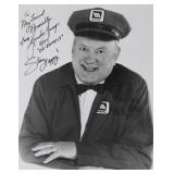 """""""GORDON JUMP"""" AUTOGRAPHED PHOTO PERSONALIZED TO"""