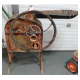 ANTIQUE CORN SHELLER