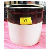 1 GALLON BROWN AND WHITE STORAGE CROCK