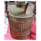 VINTAGE 1 GALLON GAS CAN