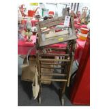 ANTIQUE CLOTHES DRYING RACK WITH WRINGER AND
