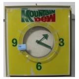 MOUNTAIN DEW LIGHTED ELECTRIC WALL CLOCK - DOES