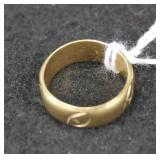 14K YELLOW GOLD BAND - SIZE: 8 - 6.8 GRAMS