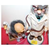 4PC DOCTORFIGURENS BOBBLE HEAD, WOODEN