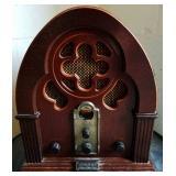 Thomas Mantle Radio