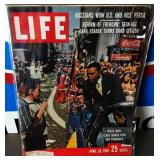 Vintage LIFE Magazine- Willie Mays Cover