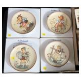 """Lot, four """"Friends Forever"""" plates with boxes:"""