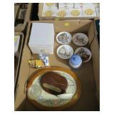 Lot, Hummel items: four Reutter mini plates; 1990