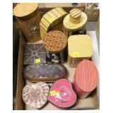 Lot, oriental wooden tea boxes