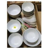 Lot, Oriental soup bowls plus spoons