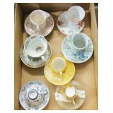 Lot, demitasse cups and saucers