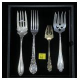 4- Sterling assorted serving forks (143.2 Gr. T.W)
