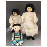3 Chinese dolls