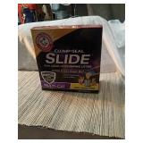 Arm&hammer  clump and seal kitty litter  14 lb