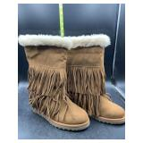 New madden girl boots with the fur and fringe