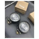 2 truck lights