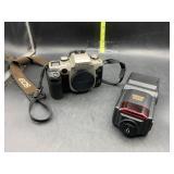 Canon eos elan II e camera and sunpak power zoom
