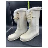 Rubber boots with fur size 2