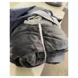 New 15-20lb weighted fleece blanket