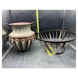 Metal basket & metal vase