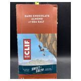 Clif bar - dark chocolate almond with sea salt