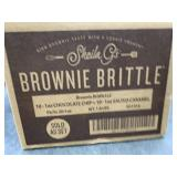 Brownie brittle - 10 chocolate chip, 10 salted
