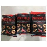 3 sriracha pressels - thin & crispy pretzel chips