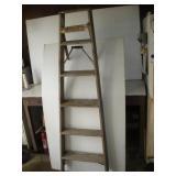 5 ft. Wooden Step Ladder