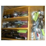 Contents of Drawer-Flatware