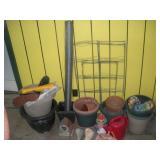 Plastic Pots, Deer Netting, Garden Decorations