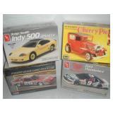 Models, 1:24 Scale, Ertl Ford Thunderbird