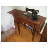 Singer Electric Sewing Machine & Sewing Notions
