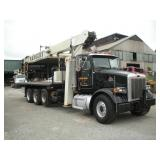 2001 Peterbilt National Crane Model 1100