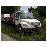2004 Freightliner Cab and Chassis