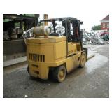 CATERPILLAR Fork Truck Model T125D