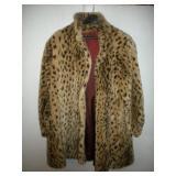 Style VI Limited Faux Fur, Petite Large