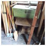 SAT 10/17 GREEN WOODEN TOOL BOX