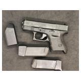 Glock 27, .40  Pistol w case & extra mag
