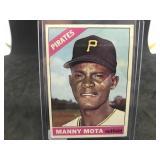 1966 Topps 112 Manny Mota