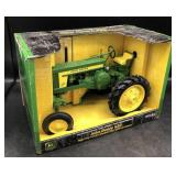 ERTL John Deere 620 High Crop Tractor