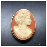 VINTAGE CAMEO BROACH (LARGE)