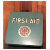 Vtg American Red Cross First Aide kit complete