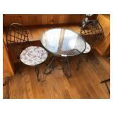 Iron Icecream table w/2 chairs