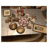 Lot of Asian décor Brass plates ++