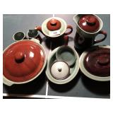9pcs of pottery, brown and green glaze