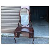 Vintage Mahogany Vanity w/mirror