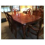 Burl walnut dining room table w/ 6 Chairs