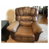 La Z Boy oversized brown leather recliner